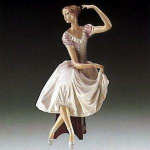 Lladro | Weary Ballerina Porcelain Collectible